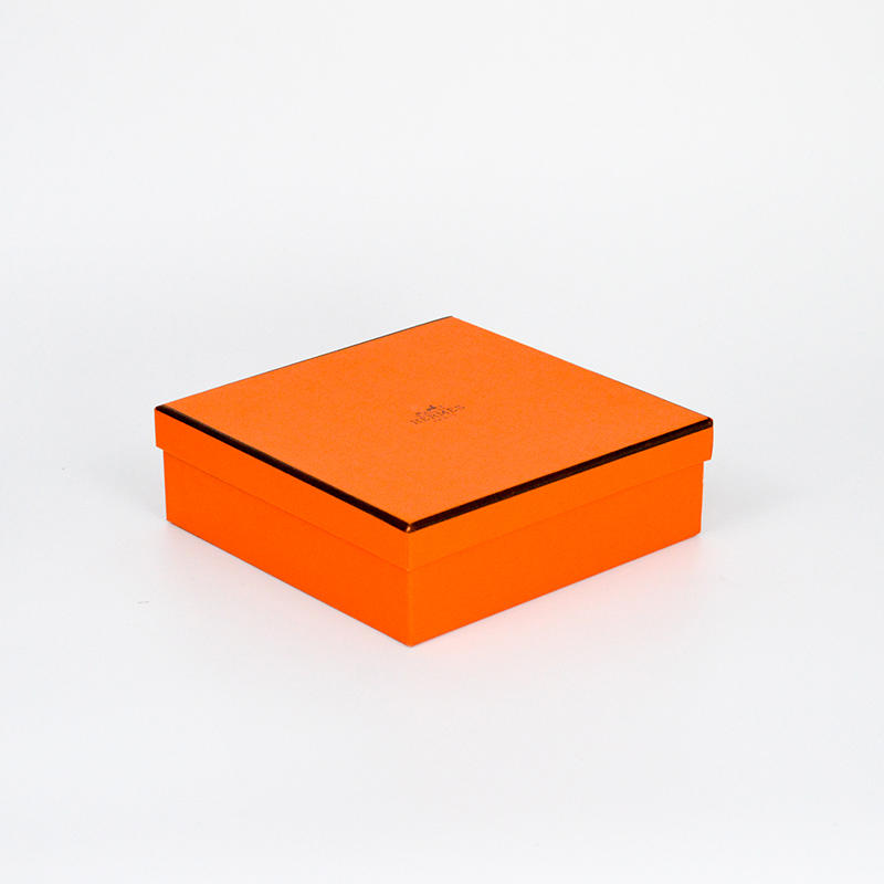 Luxury Lid and Bottom Cardboard Gift Boxes Packaging With lid Paper Box