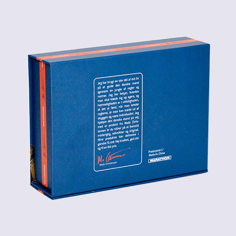 magnetic sock cardboard packaging box With clear PVC window on the cover