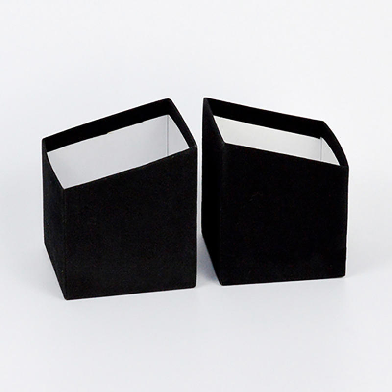 China Suppliers Black Cardboard Gift Packaging Box